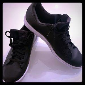 NWOT men's puma sneakers sz 10.5